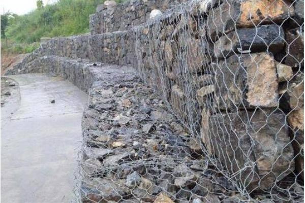 石笼网箱挡墙