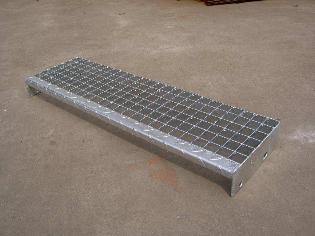 T4型钢梯踏步板